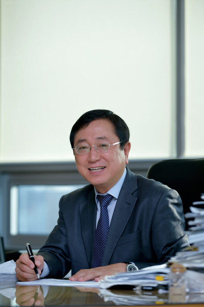 송승철 한불모터스 대표.