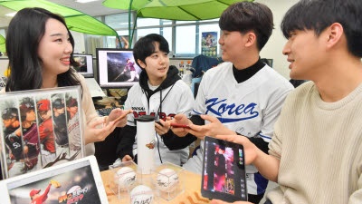 KBO 개막 잠정연기, 야구게임 일단 '플레이볼'