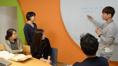 포스코ICT, 직원 학습동아리로 언택트 안면인식 솔루션 개발해 사업화까지