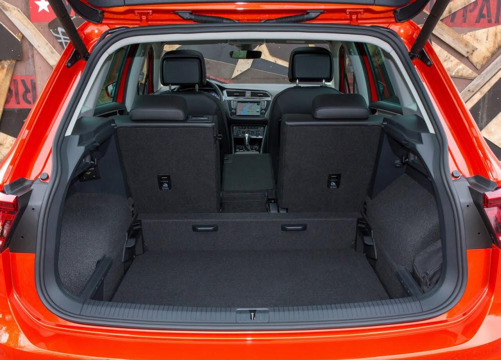 폭스바겐 2020년형 티구안 트렁크.