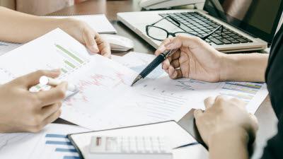 '벤처 스케일업'으로 경제활력 되찾자