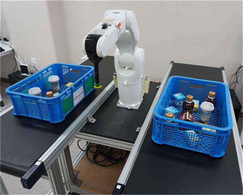 철도연의 산업용로봇 기반의 피킹·적재 시스템