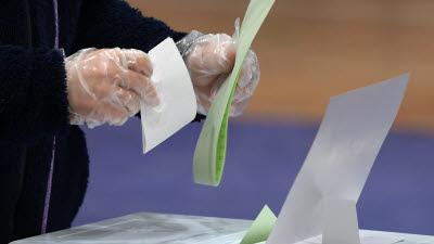 오전 11시 21대 총선 투표율 15.3%