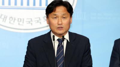 여, 복수 원내수석부대표 임명키로…총괄수석부대표에 김영진