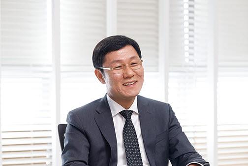 조광원 한국데이터산업협회장(비투엔 대표)