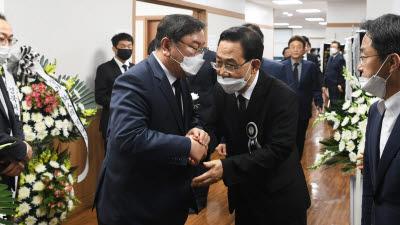여야 원내대표 오늘 만나 '20대 국회 마지막 본회의' 논의