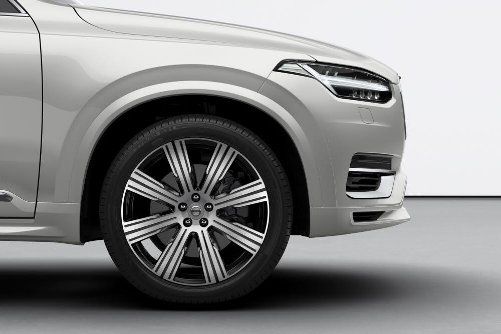 볼보 XC90 신규 디자인 휠.