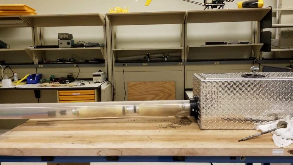 GE리서치가 개발한 지렁이 로봇. <사진=GE리서치 유튜브 영상 갈무리>