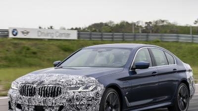 BMW 드라이빙센터, '월드 프리미어' 무대로…전 세계 이목 집중