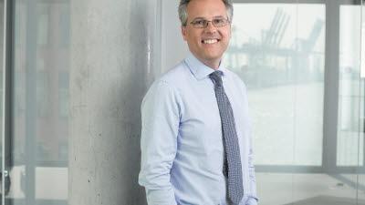 NXP, 신임 CEO로 커트 시버스 사장 선임