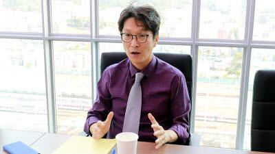 """[오늘의 CEO]이태현 콘텐츠웨이브 대표 """"처음 보는 콘텐츠로 승부"""""""