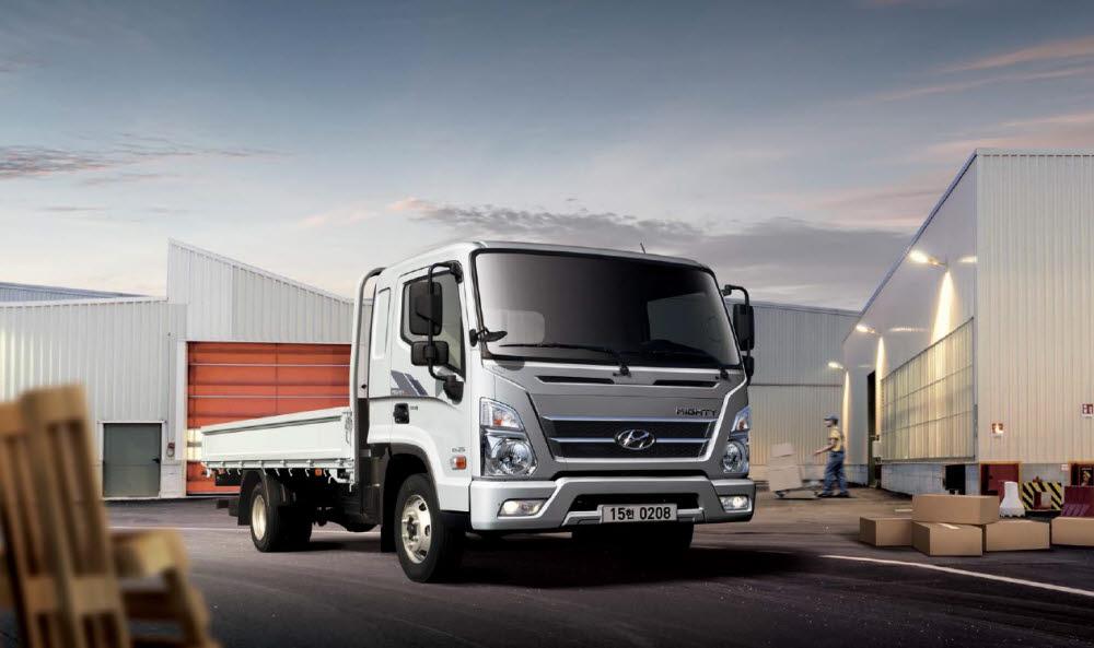 준중형 트럭 시장을 독과점하고 있는 현대차 마이티.