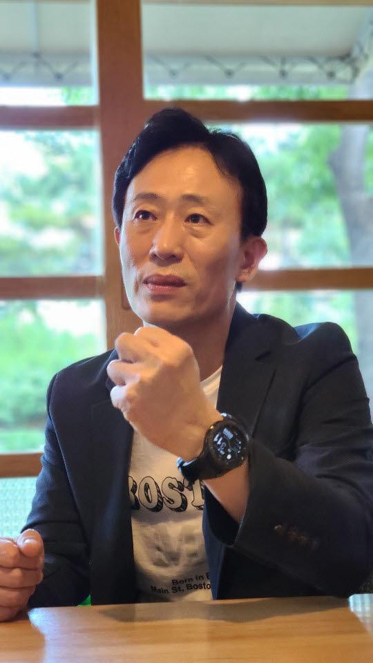 김훈철 엑스트라홉 코리아 지사장