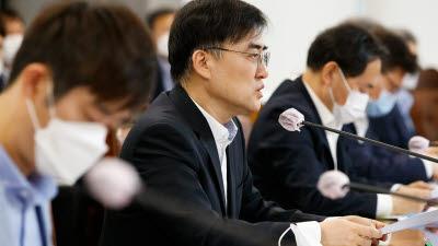 """손병두 금융위 부위원장 """"사모펀드 관련 조치명령권 활용 검토"""""""