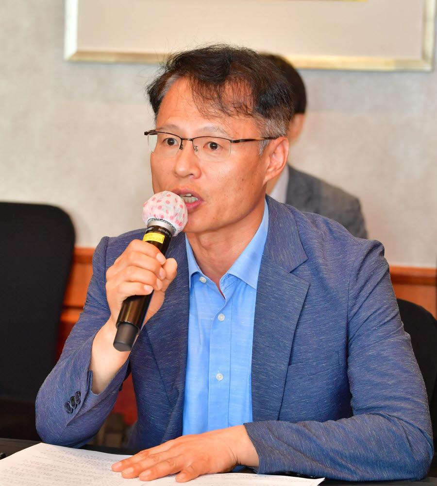 신진수 국장