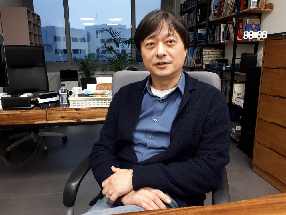 이준구 KAIST AI 양자컴퓨팅 인력양성연구센터장(KAIST 전기 및 전자공학부 교수)