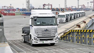 현대차, 대형 수소전기트럭 세계 첫 양산...스위스에 1600대 수출