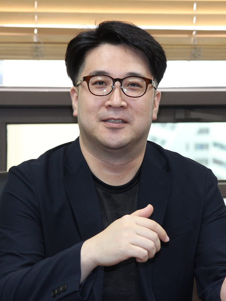 """[人사이트]최성원 수퍼트리 대표 """"50조원 글로벌 아이템 거래시장 선점 도전"""""""