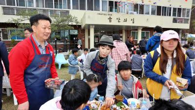 BBQ, '치킨 릴레이' 4000마리 돌파…지역 사회 나눔 활동 실천