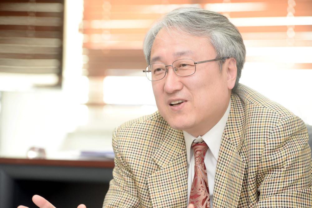 이성환 인공지능인재양성협의회 초대 회장