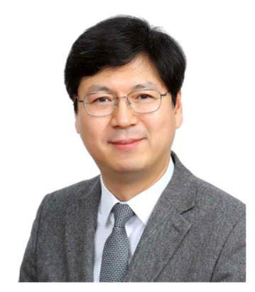 신현웅 신임 기획상임이사