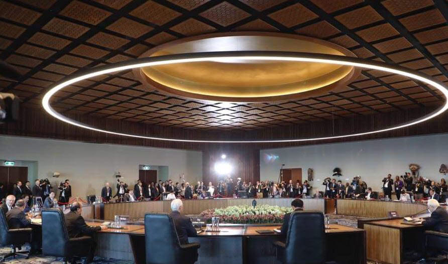 문재인 대통령은 18일(현지시간) 파푸아뉴기니 포트모르즈비 APEC 하우스에서 개최된 2018 APEC(아시아?태평양 경제협력체) 정상회의 본회의에 참석했다.<사진:청와대>