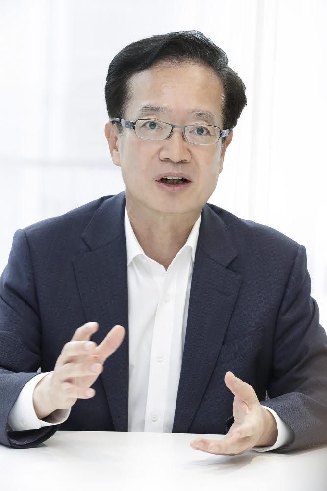 전홍범 KT부사장