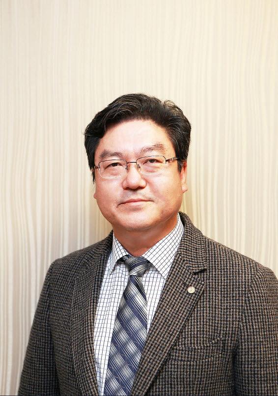 김윤근 엠디헬스케어 대표