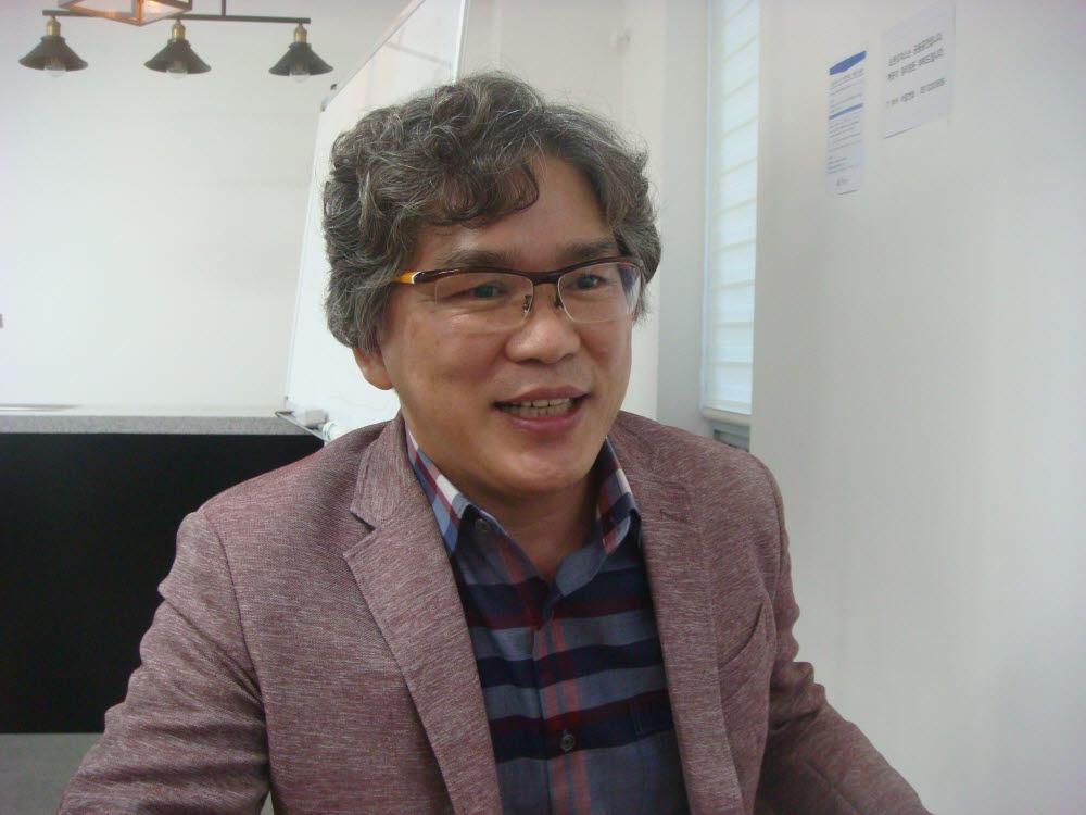 """[人사이트]김권제 아이큐랩 대표 """"국산 파워반도체 세계에 공급"""""""