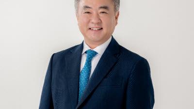{htmlspecialchars(산은, '중기 전용대출' 대기업에 3000억 내주며 '금리혜택'까지 줘)}