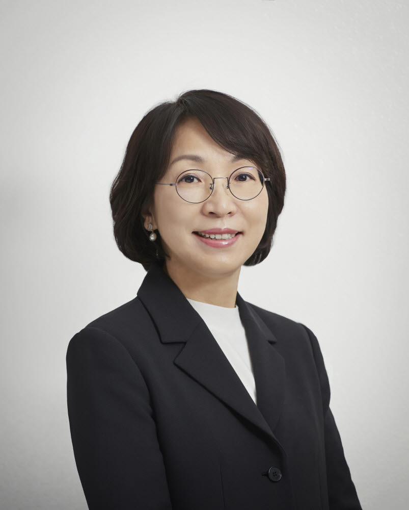 최희윤 한국과학기술정보연구원(KISTI) 원장