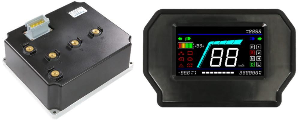 이노빌이 국산화한 모터제어 인버터(왼쪽)와 디지털 계기판 제품 모습