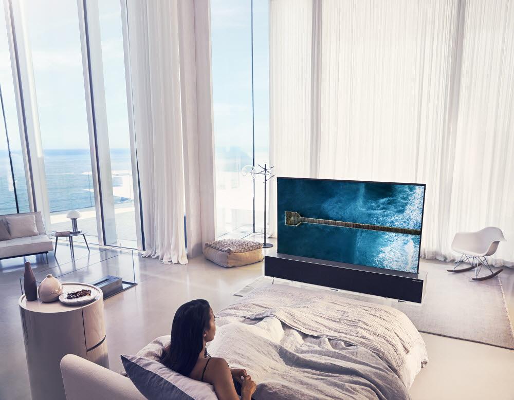 LG전자 롤러블 TV LG 시그니처 올레드 R