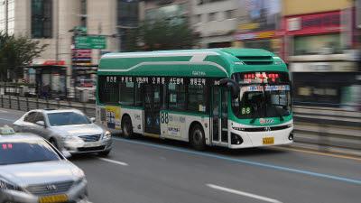 서울시 보급 \'中 전기버스\' 작년보다 4배 늘었다