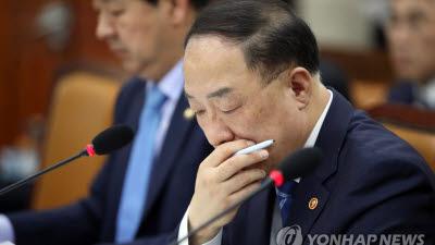 """요지부동 '대주주 기준 3억', 재검토 되나...야당·여론 등 """"현행유지"""""""