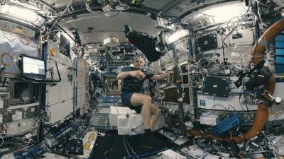 "{htmlspecialchars(LG유플러스 ""VR로 우주 체험""'XR 얼라이언스' 첫 프로젝트 공개)}"