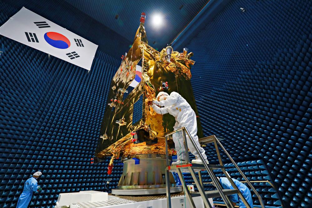 천리안위성 2B호의 모습