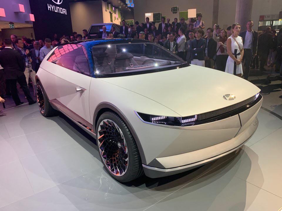 2019년 독일 프랑크푸르트 모터쇼에서 처음 선보인 아이오닉5(NE) 콘셉트. 아이오닉5는 내년 4월 국내 출시될 예정이다.