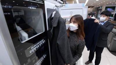 바이러스, 미세먼지 없애주는 의류관리기 시장 고속성장