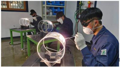 [첨단 직업교육 현장을 가다]<하>뿌리산업 혁신 앞장선 폴리텍 포항캠퍼스