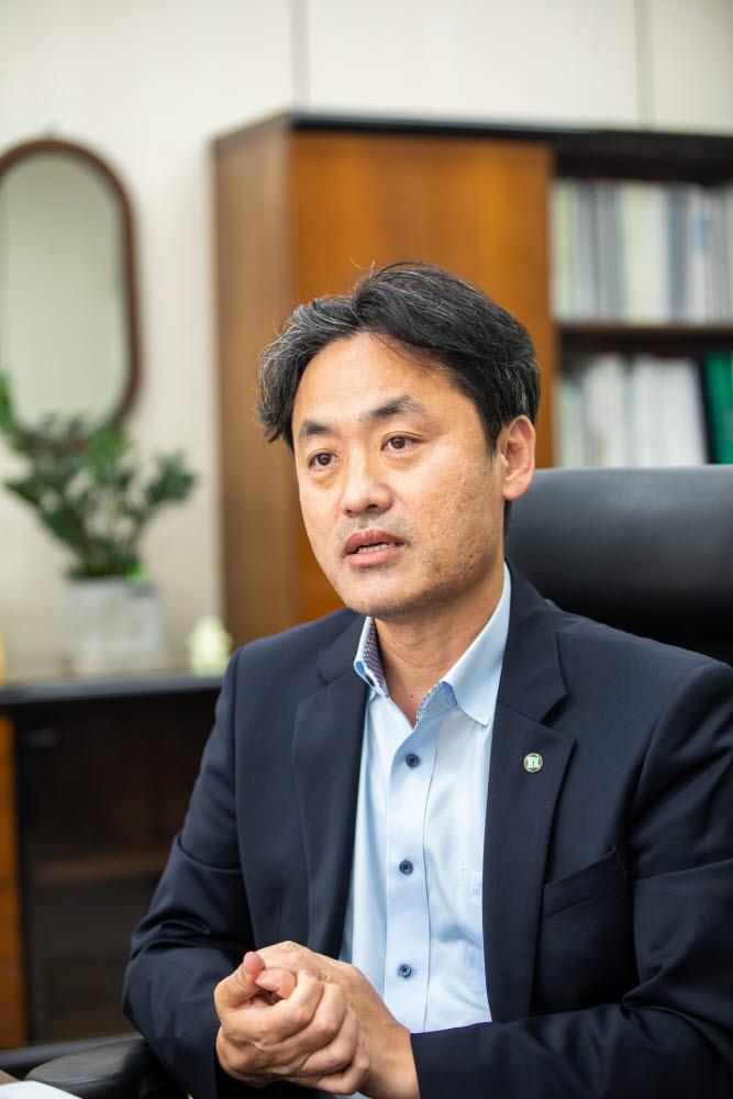 OECD 바이오나노융합기술작업반 부의장으로 선출된 김승준 생명연 부원장