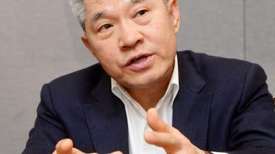 """강방천 에셋플러스 회장 """"주식·펀드로 가계·연금자산 큰 변화 올 것"""""""