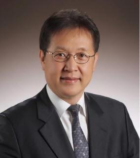 홍기용 교수
