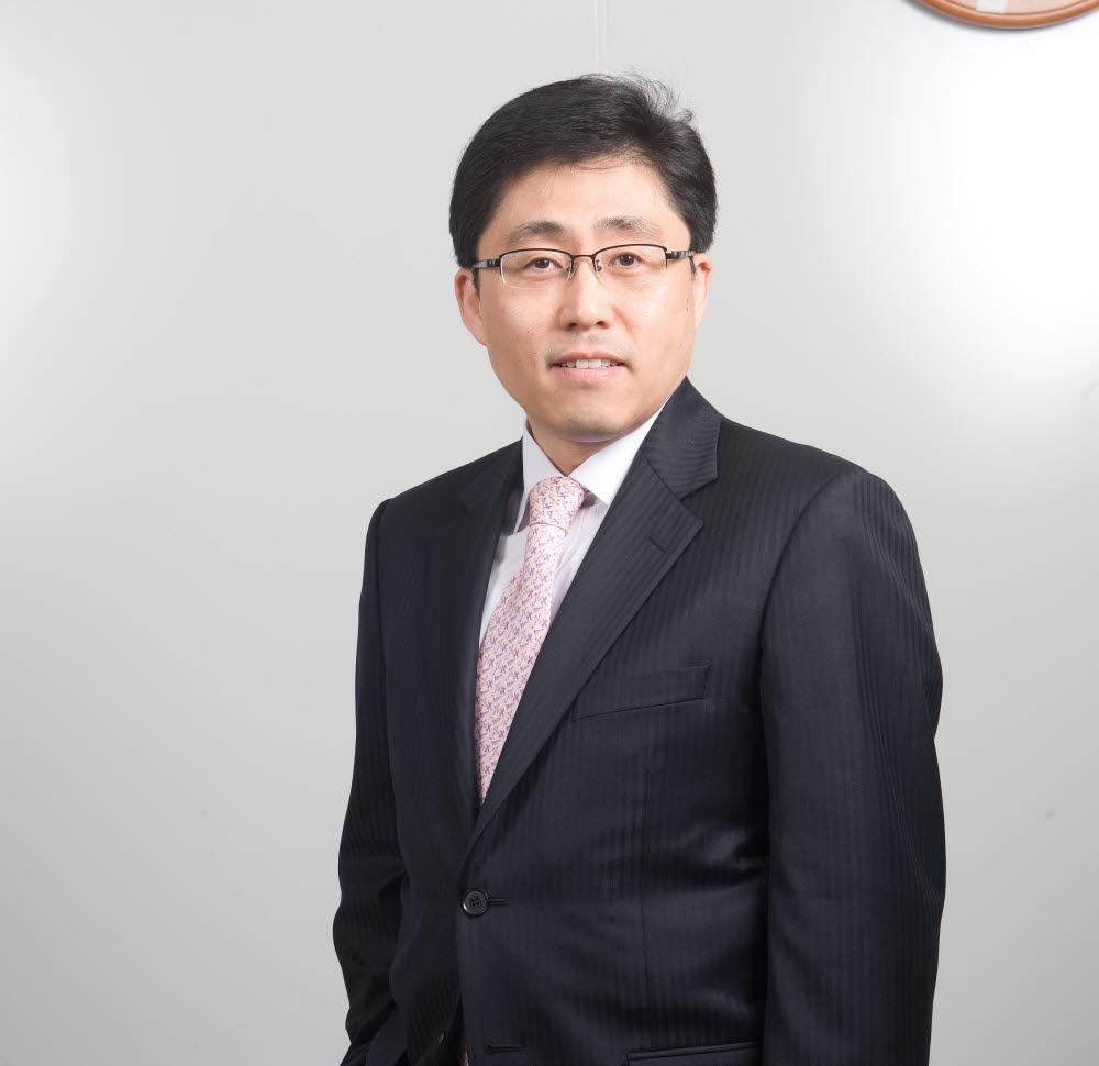 박훈 서울시립대 세무학과 교수(세무전문대학원장)