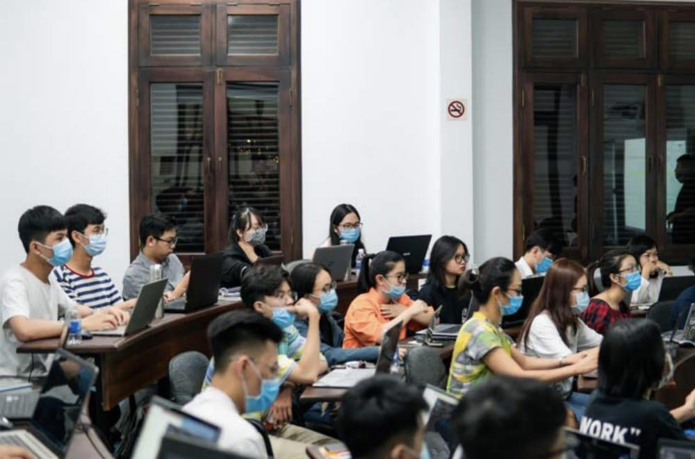멋쟁이사자처럼, 베트남 경제대학교와 MOU