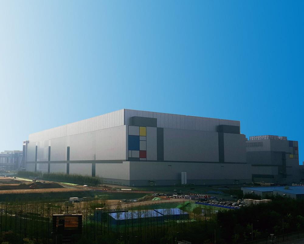삼성전자 화성 파운드리 공장 전경
