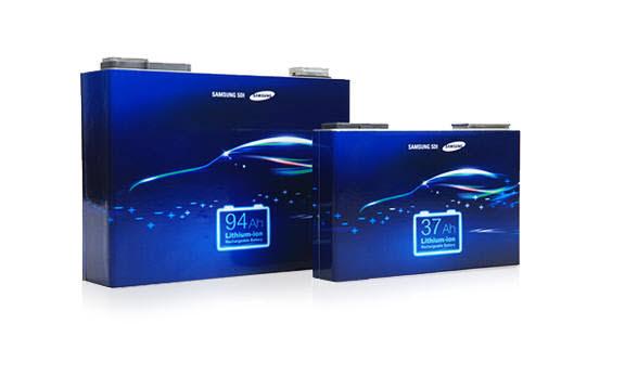 삼성SDI 각형 배터리 제품.