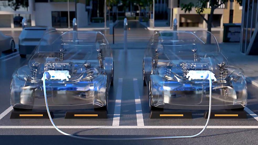 현대차가 전기차에 이어 수소 전기차의 전기를 외부로 꺼낼 수 있는 V2L(Vehicle to Load) 기술을 개발, 내년부터 상용화한다. V2L 기술을 기반으로 다른 차량 충전을 지원하는 V2V 시스템.