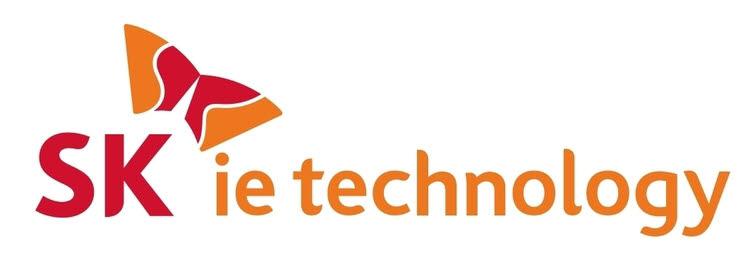 SK아이이테크놀로지 로고