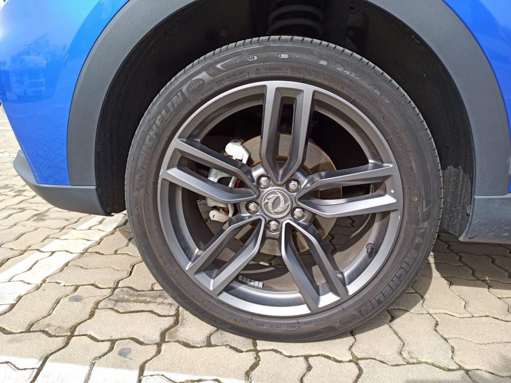 펜곤 ix5 타이어 휠